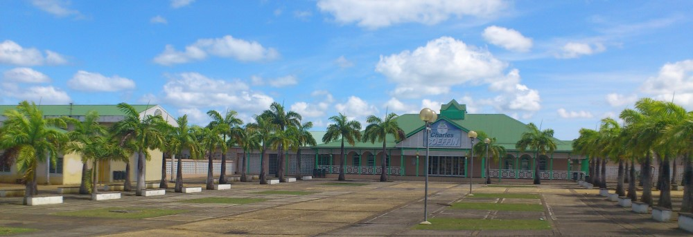 Lycée Coeffin à Baie-Mahault