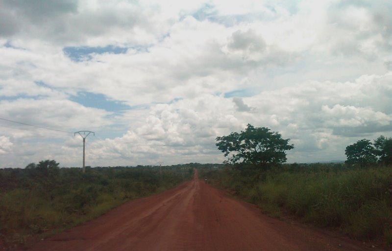 route de Djougou à Ouaké