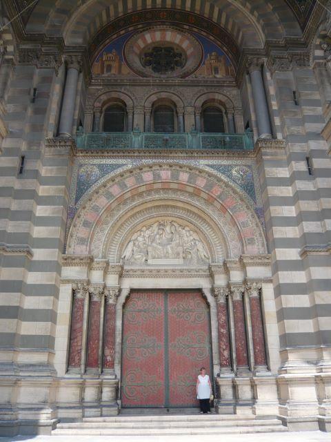 La porte d'entrée de la cathédrale La Major